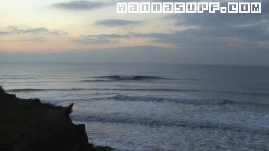 https://fr.wannasurf.com/spot/Europe/France/Normandy/pointe_aux_oies/photo/photo_surf_France_Normandy_pointe_aux_oies_4399ef263fc30.jpg
